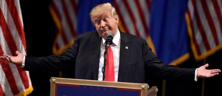Republican U.S. presidential candidate Donald Trump speaks during a campaign rally at the Treasure Island Hotel & Casino in Las Vegas, Nevada June 18, 2016. REUTERS/David Becker