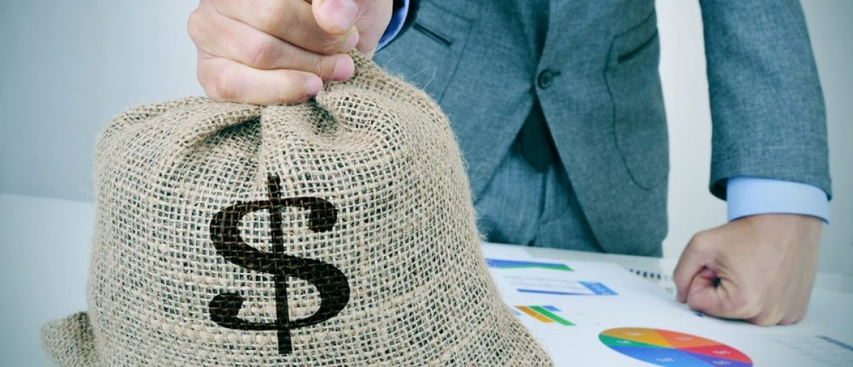 Bag of money (Shutterstock)
