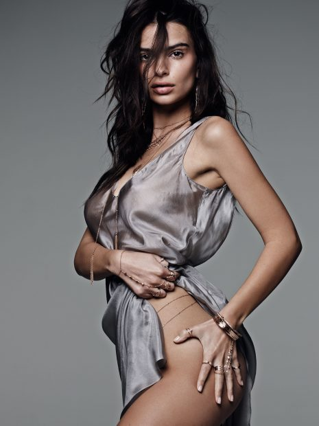 Emily Ratajkowski turns 25 today. (Photo: Splash News)