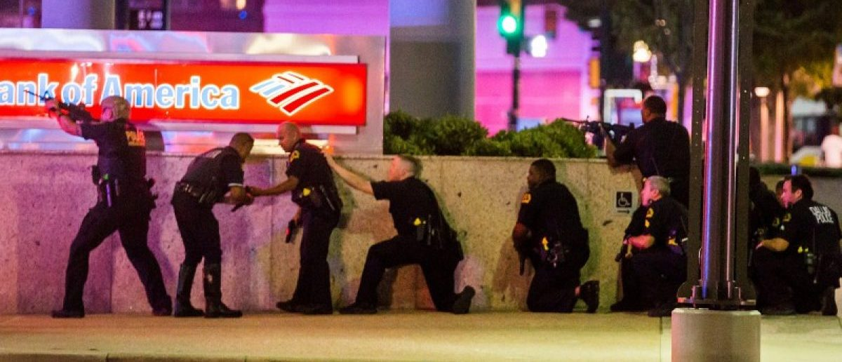 Dallas Police respond after shots were fired at a Black Lives Matter rally in downtown Dallas. Smiley N. Pool/The Dallas Morning News/Handout via REUTERS