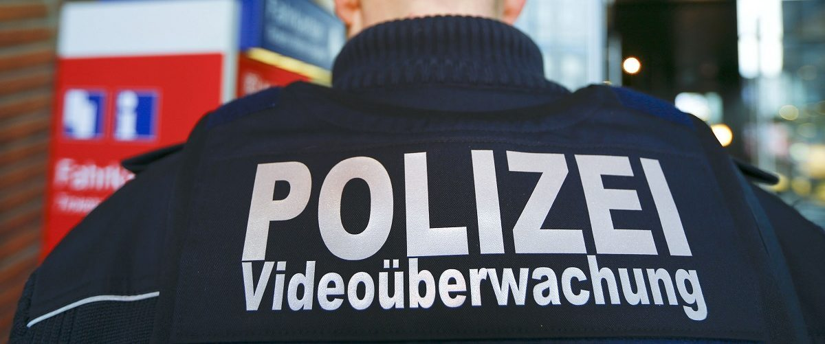 A federal police officer of Germany's Bundespolizei specialized in video surveillance patrols at the main railway station in Cologne, Germany February 3, 2016. Germany's Bundespolizei, who is in charge railways and airport security as well as the border control is performing a test with body-cams in Duesseldorf and Cologne, ahead of the upcoming carnival season.  REUTERS/Wolfgang Rattay.