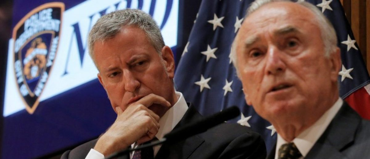 New York City Police Commissioner Bill Bratton speaks during a news conference with New York City Mayor Bill de Blasio (L) in New York City, U.S., July 8, 2016. REUTERS/Brendan McDermid