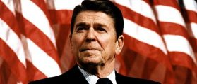 Ronald Reagan speaks at a rally for Senator Durenberger in 1982 (Getty Images)