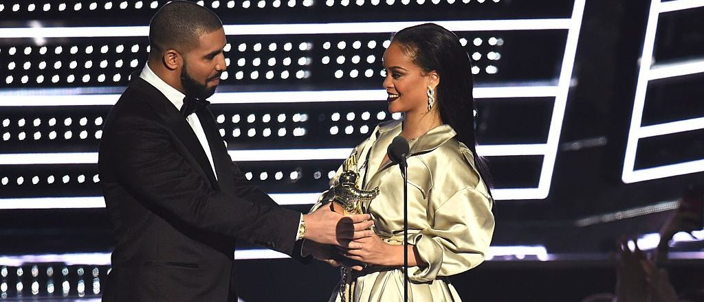 Drake presents Rihanna with the The Video Vanguard Award during the 2016 MTV Video Music Awards at Madison Square Garden on August 28, 2016 in New York City