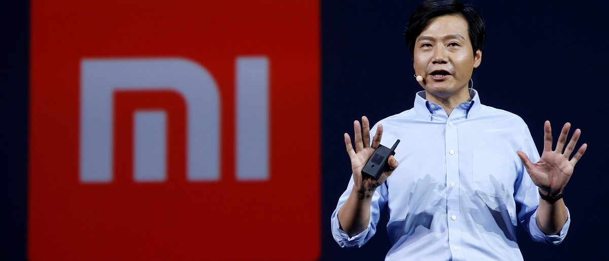 Lei Jun, founder and CEO of China's mobile company Xiaomi, speaks at a launching ceremony of Xiaomi Mi Max in Beijing, China May 10, 2016. REUTERS/Kim Kyung-Hoon