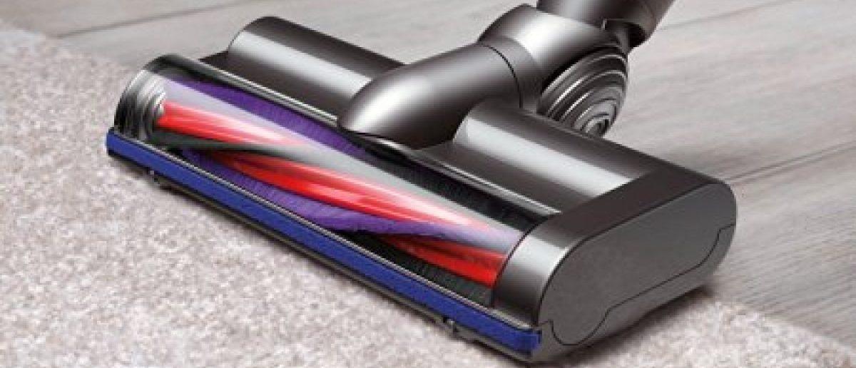This cordless vacuum is on sale today (Photo via Amazon)