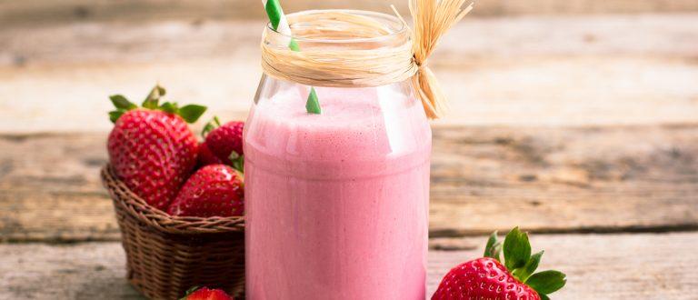 Strawberry Smoothie (Credit: pilipphoto/Shutterstock)