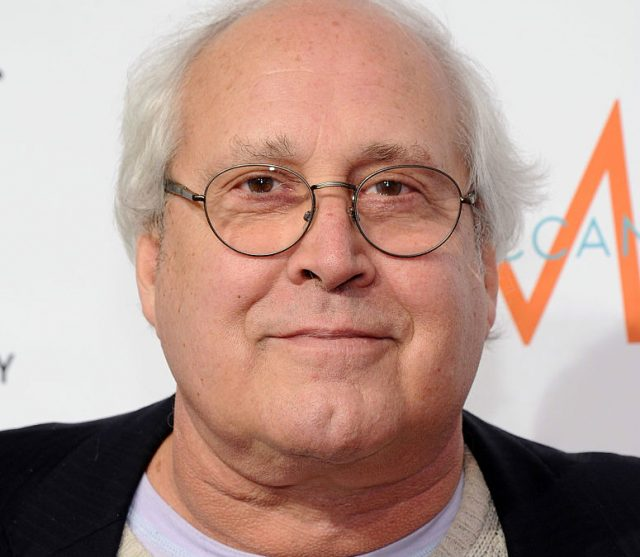 Chevy Chase enters rehab for 'tuneup' on alcohol problem