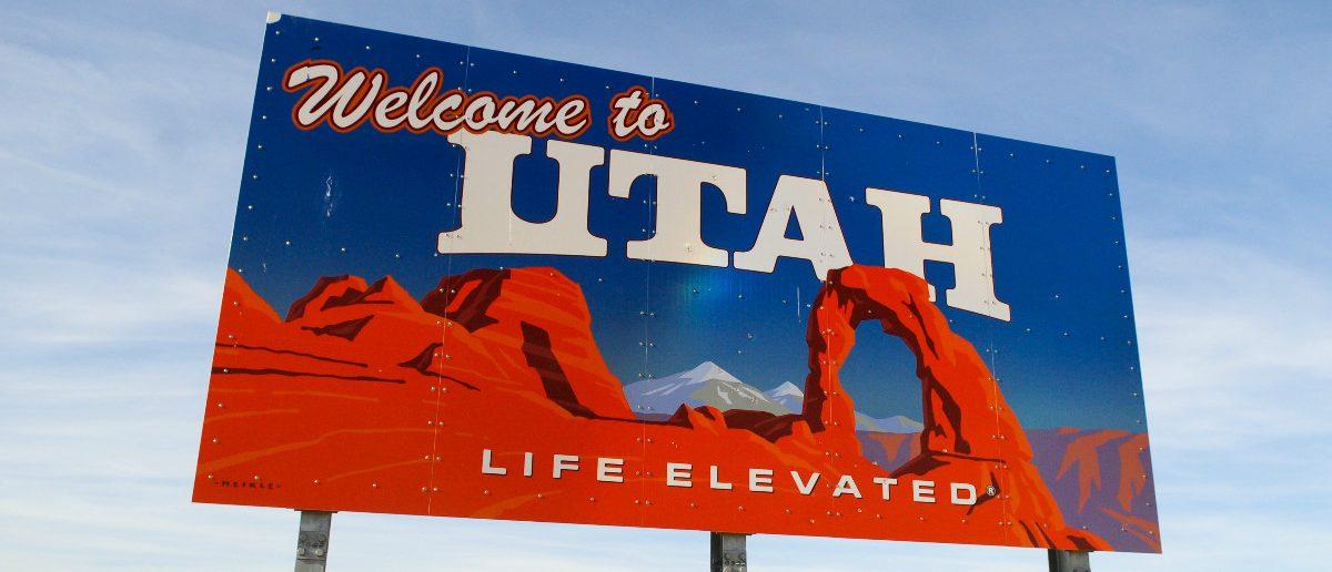 Welcome to Utah: Lauren Orr/shutterstock.com