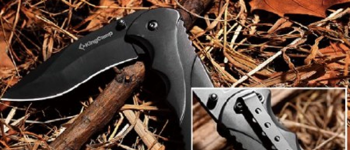 This tactical knife is 65 percent off (Photo via Amazon)