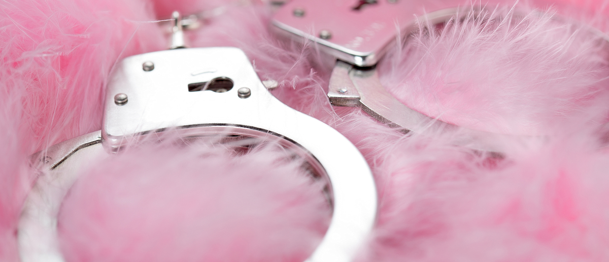 Handcuffs (Credit: paulista/Flickr)