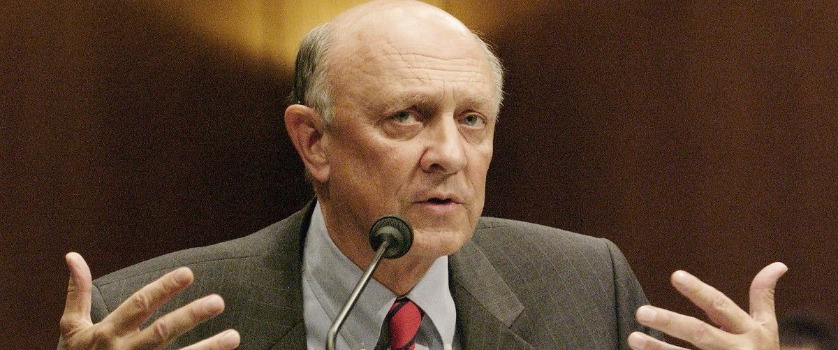 Former head of the Central Intelligence Agency James Woolsey testifies before the Senate Select Committee on Intelligence during a hearing on intelligence reform on Capitol Hill in Washington, D.C., July 20, 2004. REUTERS/Mannie Garcia.