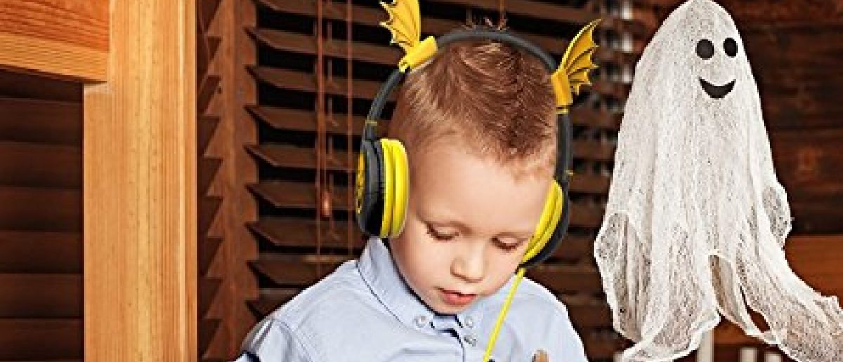 These are one of three holiday-themed headphones available at a discount for Daily Caller readers (Photo via Amazon)