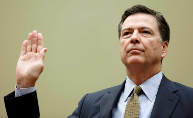 Comey being sworn in.(Photo: Reuters)