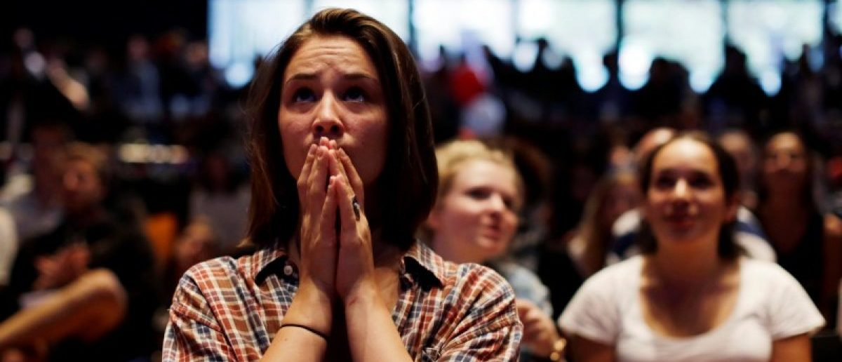A supporter of Democratic U.S. Presidential candidate Hillary Clinton reacts as Australians watch the results of the U.S. Presidential election at the University of Sydney, Australia, November 9, 2016. REUTERS/Jason Reed