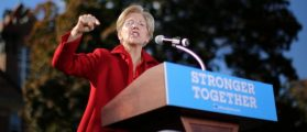 U.S. Senator Elizabeth Warren (D-MA) speaks during a campaign rally for Democratic U.S. presidential nominee Hillary Clinton at Alumni Hall Courtyard, Saint Anselm College in Manchester, New Hampshire U.S., October 24, 2016. REUTERS/Carlos Barria