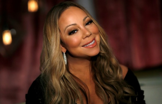 "Recording artist Mariah Carey poses for a portrait while promoting her documentary series ""Mariah's World"" in Los Angeles, California U.S., November 18, 2016. REUTERS/Mario Anzuoni"