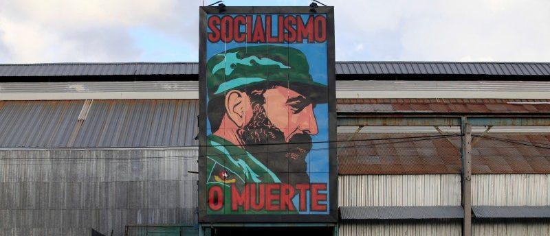 A painting of Cuba's former president Fidel Castro is seen at a factory in Havana, Cuba November 26, 2016. REUTERS/Enrique De La Osa