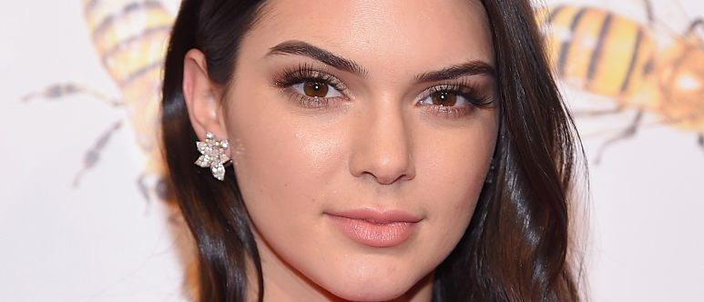 Kendall Jenner attends the 2015 Fragrance Foundation Awards at Alice Tully Hall at Lincoln Center on June 17, 2015 in New York City.  (Photo by Michael Loccisano/Getty Images for Fragrance Foundation)