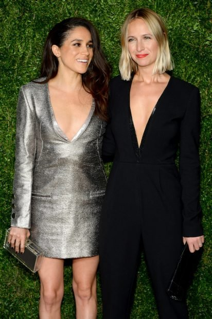 NEW YORK, NY - NOVEMBER 02: Meghan Markle (L) and Misha Nonoo attend the 12th annual CFDA/Vogue Fashion Fund Awards at Spring Studios on November 2, 2015 in New York City. (Photo by Andrew Toth/Getty Images)