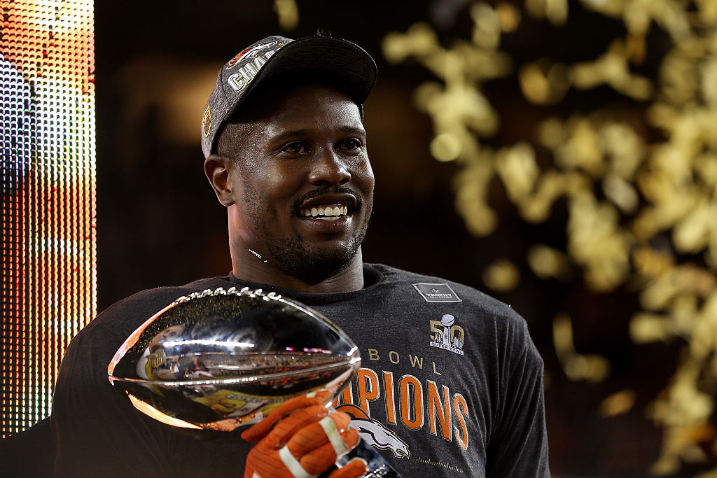 Super Bowl MVP Von Miller #58 of the Denver Broncos celebrates with the Vince Lombardi Trophy after winning Super Bowl 50. (Photo by Patrick Smith/Getty Images)
