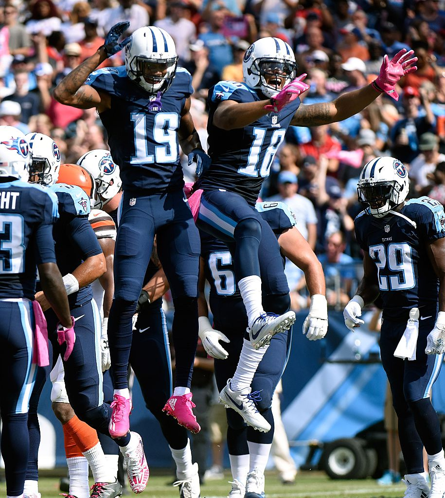 Rishard Matthews celebrate a touchdown against the Cleveland Browns. (Photo by Frederick Breedon/Getty Images)