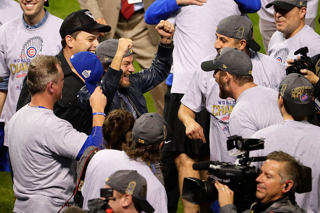 Eddie Vedder celebrates the World Series win with the team. (Photo credit: Getty Images)
