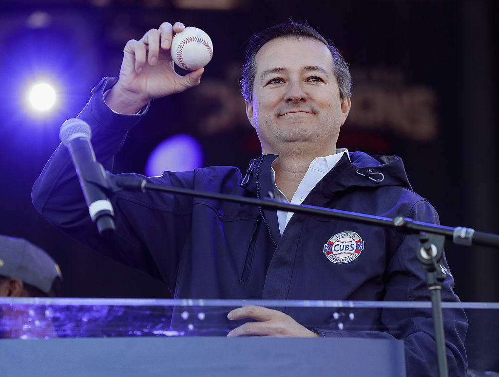 Tom Ricketts at the Chicago Cubs World Series victory parade (Getty Images)