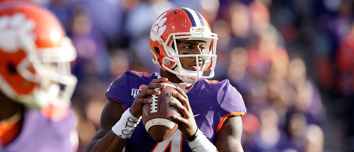 CLEMSON, SC - NOVEMBER 05: Deshaun Watson #4 of the Clemson Tigers looks to pass during the game against the Syracuse Orange at Memorial Stadium on November 5, 2016 in Clemson, South Carolina. (Photo by Tyler Smith/Getty Images)