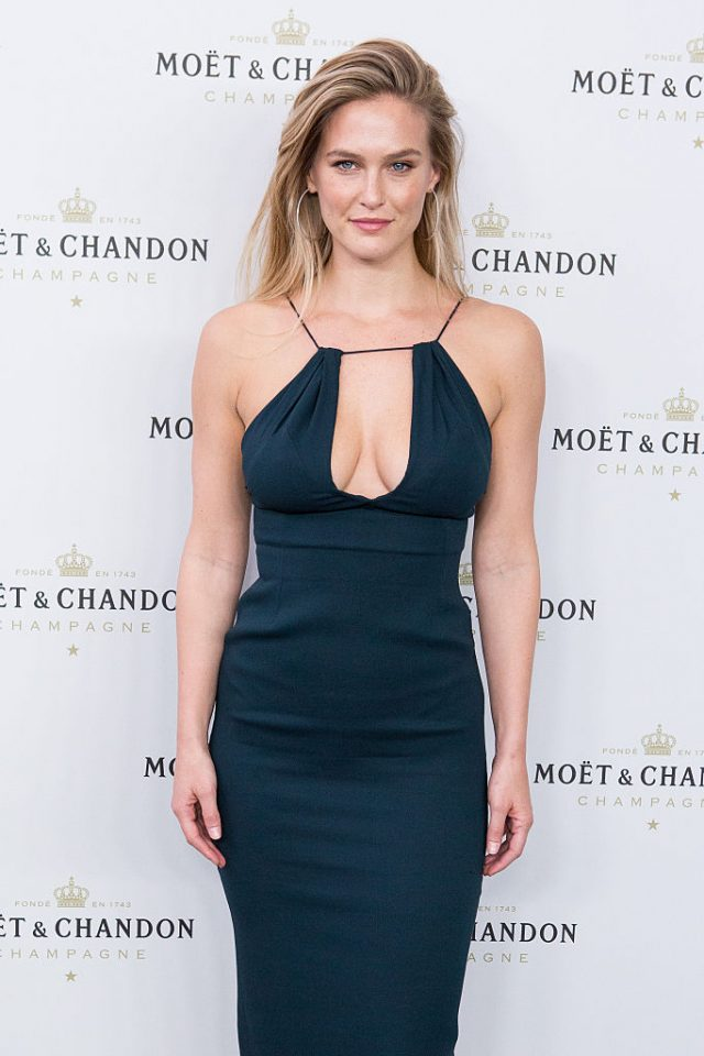 MADRID, SPAIN - NOVEMBER 29: Model Bar Refaeli attends the 'Moet & Chandon' New Year's Eve party at Florida Retiro on November 29, 2016 in Madrid, Spain. (Photo by Pablo Cuadra/Getty Images)