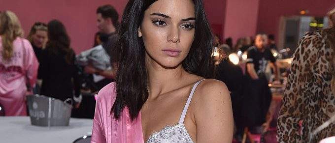 PARIS, FRANCE - NOVEMBER 30: Kendall Jenner prepares backstage prior to the Victoria's Secret Fashion Show on November 30, 2016 in Paris, France. (Photo by Pascal Le Segretain/Getty Images for Victoria's Secret)