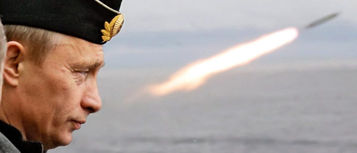 Russian President Vladimir Putin watches the launch of a missile during naval exercises in Russia's Arctic North on board the nuclear missile cruiser Pyotr Veliky (Peter the Great), August 17, 2005. REUTERS/ITAR-TASS/PRESIDENTIAL PRESS SERVICE