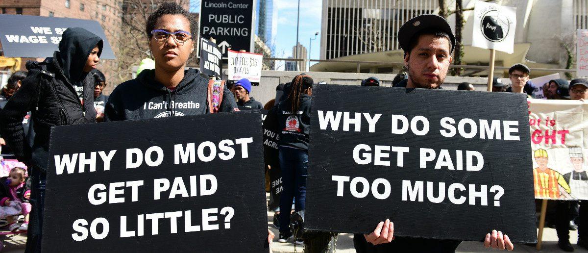 Union Protestors: a katz/shutterstock