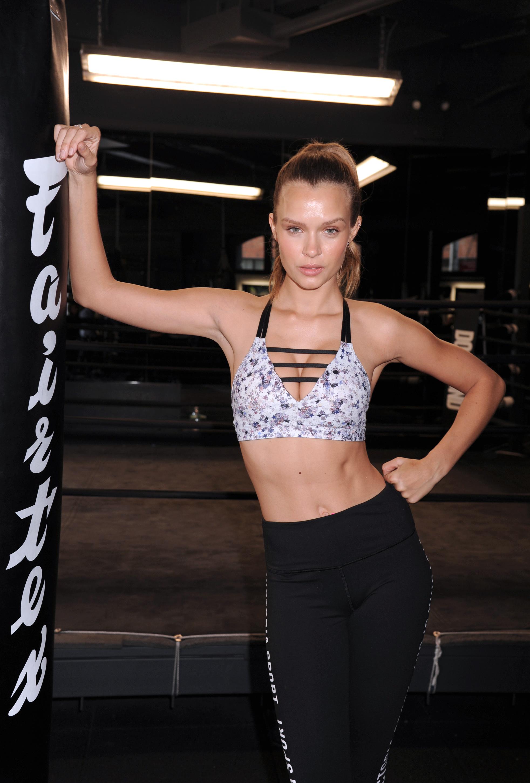 Victoria's Secret Angel Josephine Skriver training like an angel. (Photo credit: Splash News)