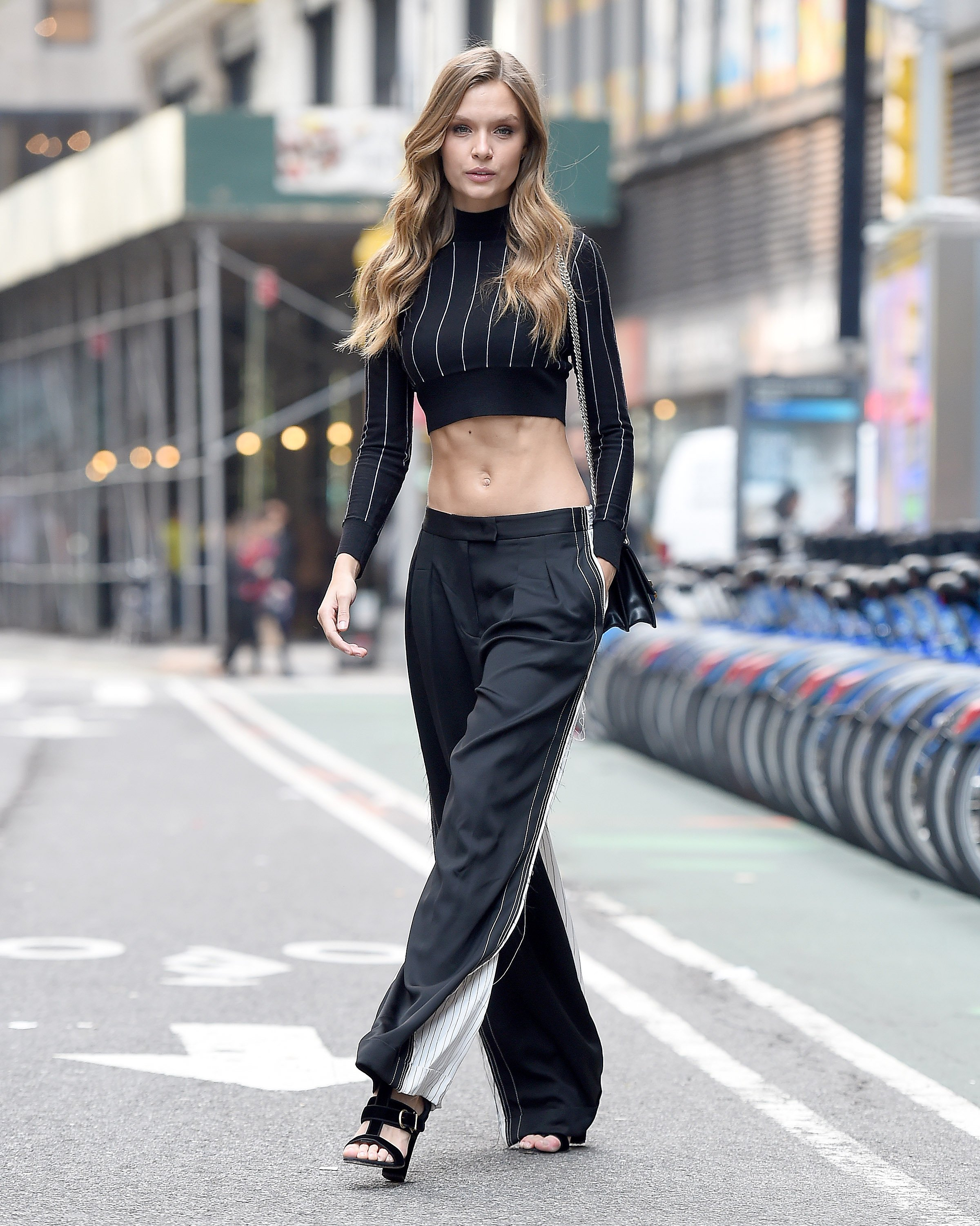 Skriver showed up to VS fittings in this. (Photo credit: Splash News)