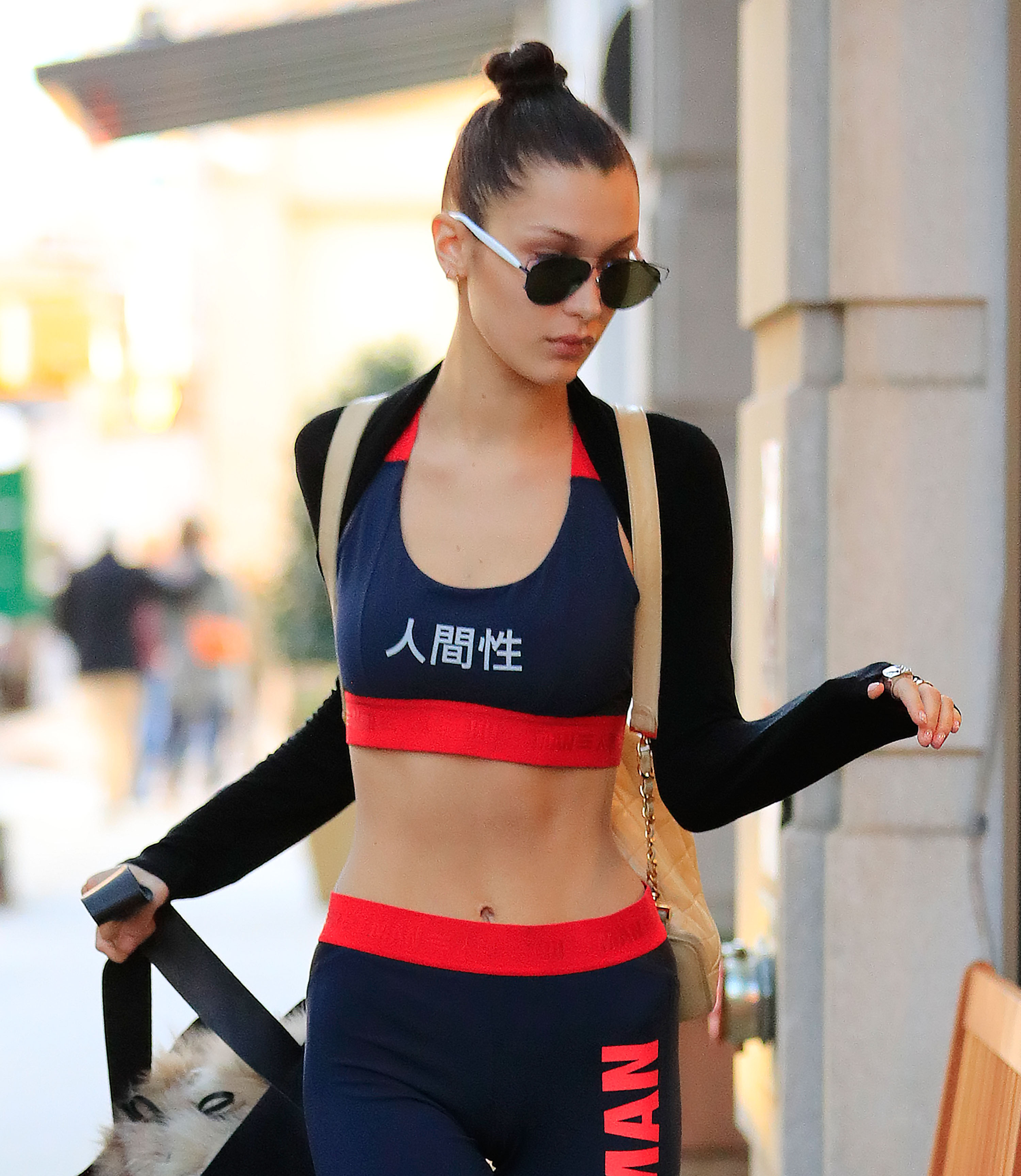 Model Bella Hadid shows off her figure in exercise gear while heading to the gym in New York City. (Photo credit: Splash News)
