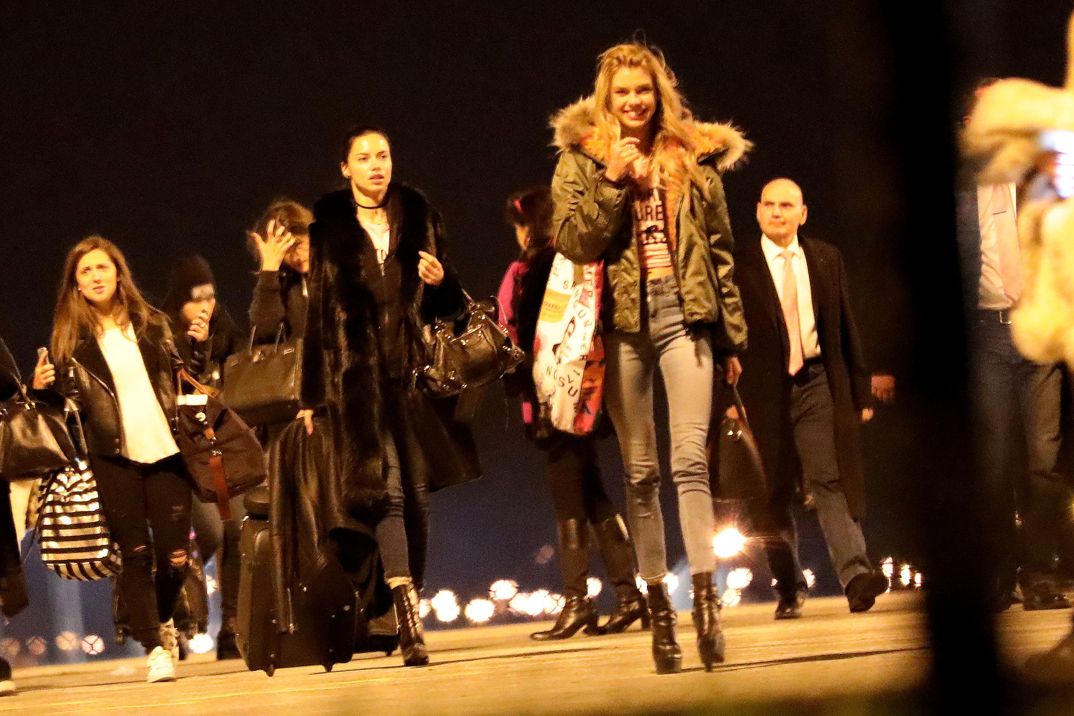 Victoria's Secret Angels at Roissy Airport. (Photo credit: Splash News)