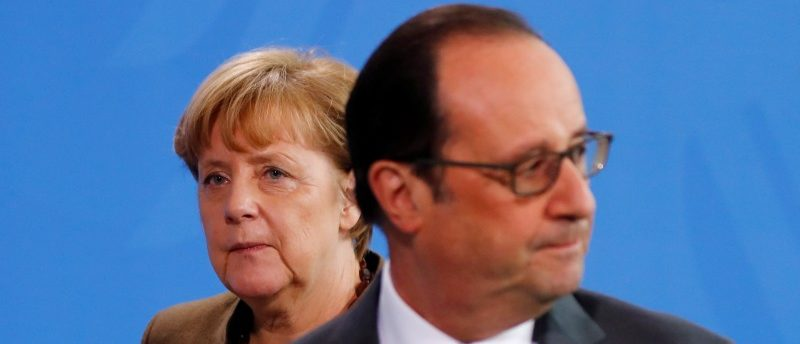 French President Hollande and German Chancellor Merkel make a statement to the media at the Chancellery in Berlin