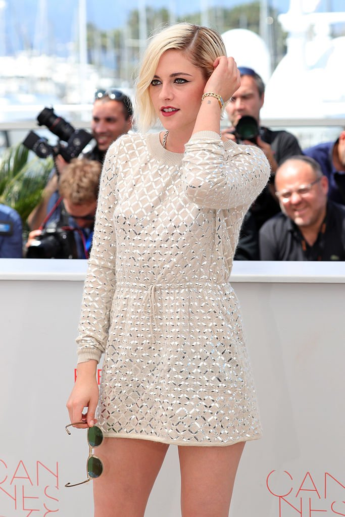 "Actress Kristen Stewart attends the ""Personal Shopper"" photocall during the 69th annual Cannes Film Festival at the Palais des Festivals on May 17, 2016 in Cannes, France. (Photo by Neilson Barnard/Getty Images)"