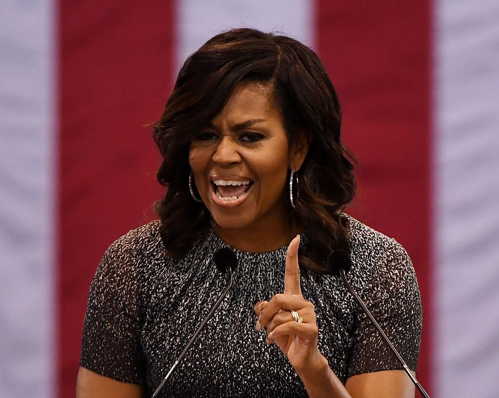 Gallup: Michelle Obama Beats Hillary Clinton as Most Admired Woman