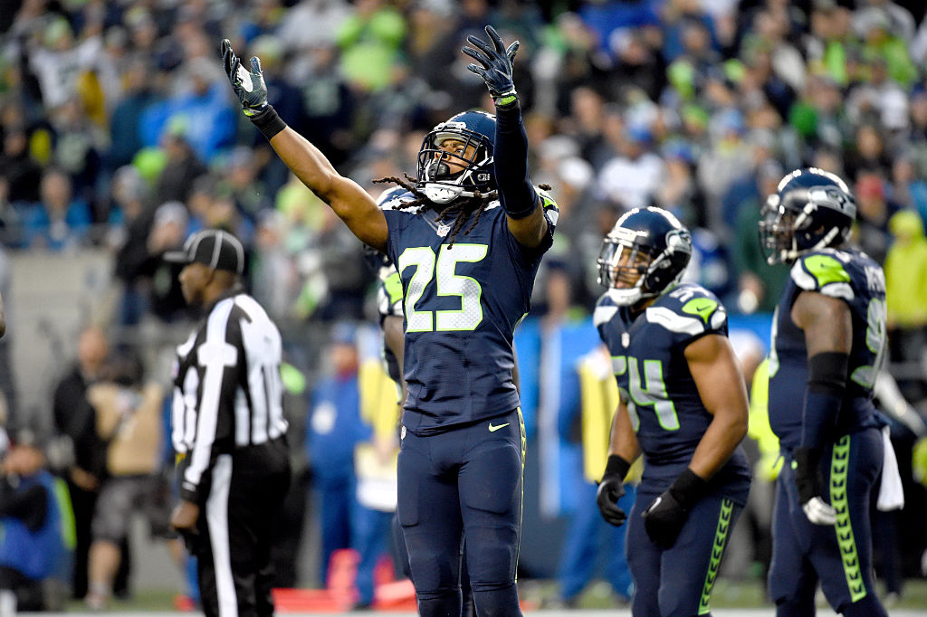 SEATTLE, WA - NOVEMBER 20: Cornerback Richard Sherman #25 of the Seattle Seahawks gets the crowd going against the Philadelphia Eagles at CenturyLink Field on November 20, 2016 in Seattle, Washington. (Photo by Steve Dykes/Getty Images)