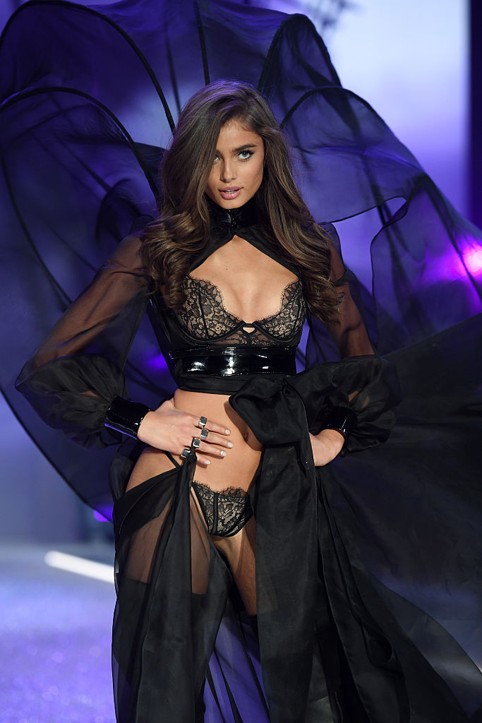 PARIS, FRANCE - NOVEMBER 30: Taylor Hill walks the runway during the 2016 Victoria's Secret Fashion Show on November 30, 2016 in Paris, France. (Photo by Dimitrios Kambouris/Getty Images for Victoria's Secret)PARIS, FRANCE - NOVEMBER 30: Taylor Hill walks the runway during the 2016 Victoria's Secret Fashion Show on November 30, 2016 in Paris, France. (Photo by Dimitrios Kambouris/Getty Images for Victoria's Secret)