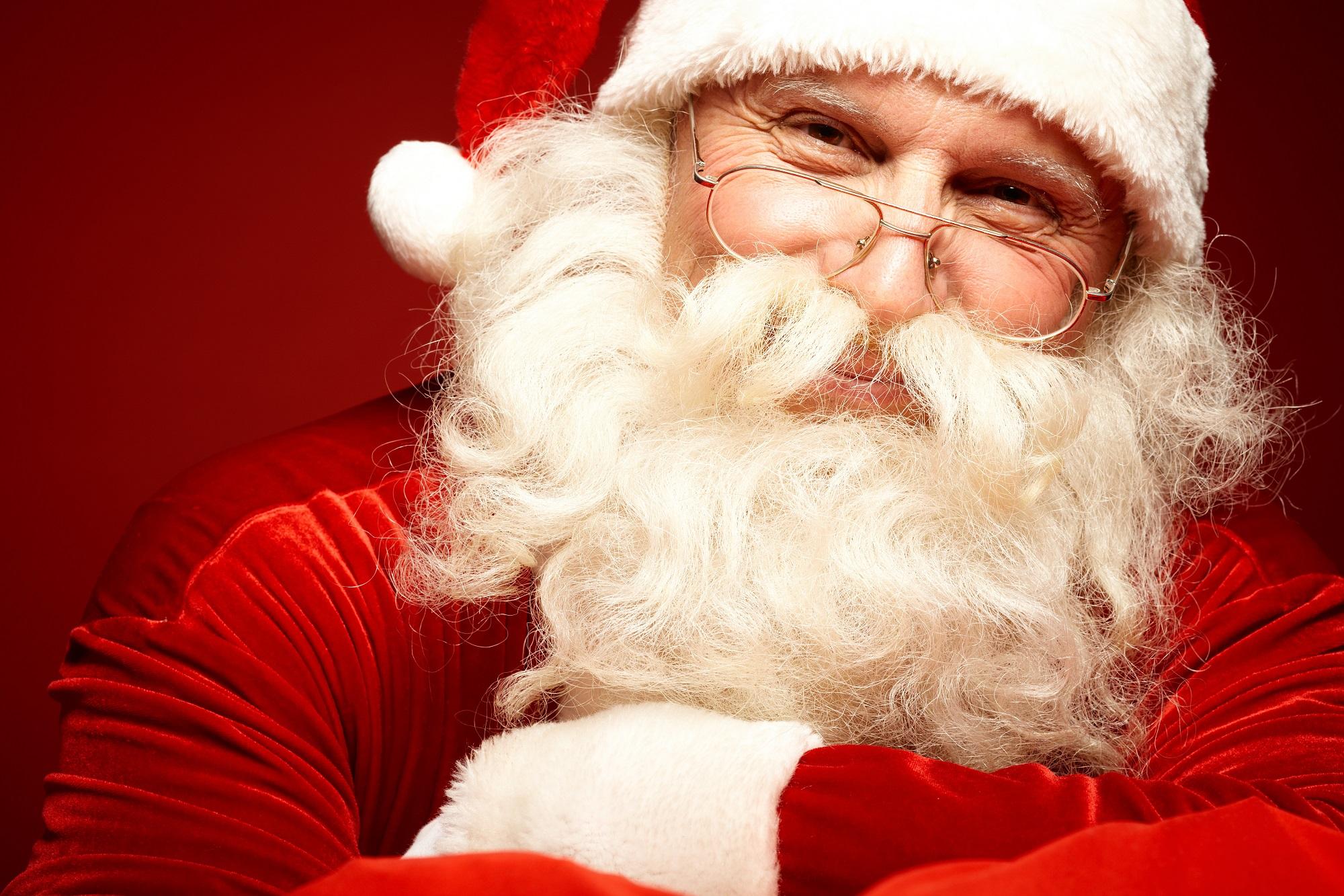 Santa Claus Shutterstock/Pressmaster