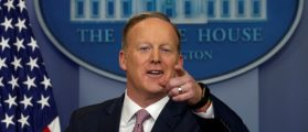 Spicer Calls On A Conservative Outlet First And Pisses Off Reporters Yet Again