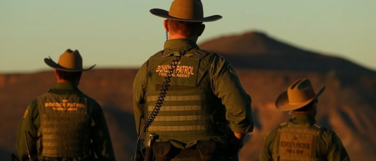 """U.S. Border Patrol agents from Boulevard Station, who's nick-name is the """"East County Regulators"""" head out on patrol near Jacumba, California. REUTERS/Mike Blake/File Photo"""