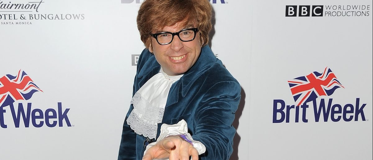 Richard Halpern, aka The Fake Austin Powers, attends BritWeek's 10th Anniversary VIP Reception & Gala at Fairmont Hotel on May 1, 2016 in Los Angeles. (Photo by Angela Weiss/Getty Images for BritWeek)