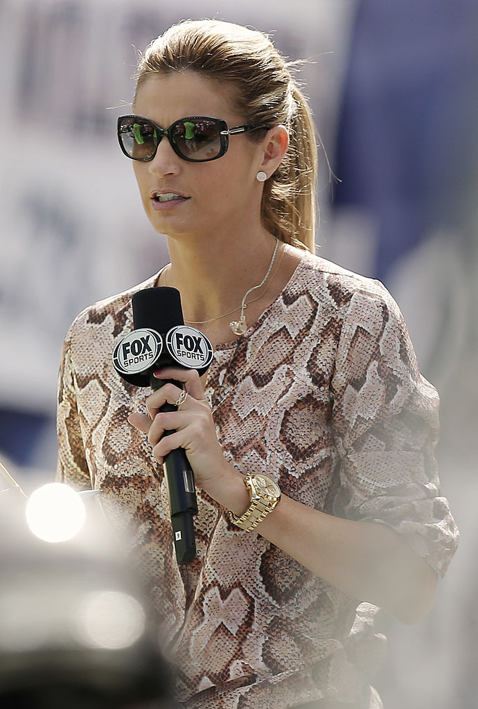 Fox Sports reporter Erin Andrews is seen during the second half of the game between the New England Patriots and the Tampa Bay Buccaneers at Gillette Stadium on September 22, 2013 in Foxboro, Massachusetts. (Photo by Winslow Townson/Getty Images)