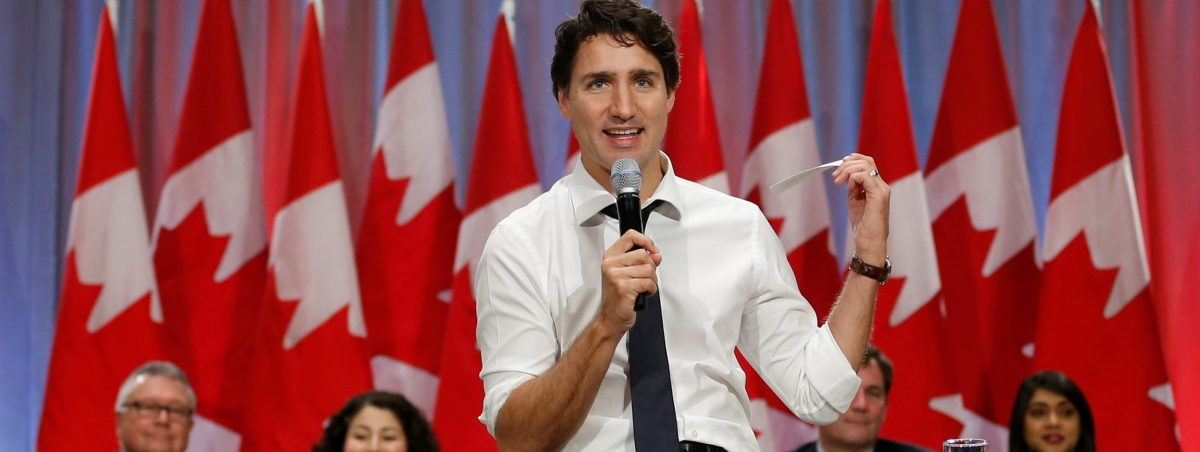 Canada's Prime Minister Justin Trudeau speaks during a town hall with high school students in Ottawa, Ontario, Canada, November 3, 2016. REUTERS/Chris Wattie/File Photo - RTX2T35P