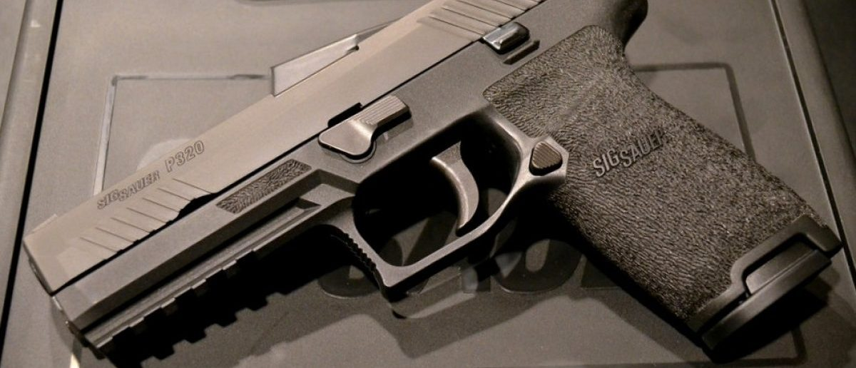 A Sig Sauer P320 (Image: Wikimedia Commons/TexasWarHawk)