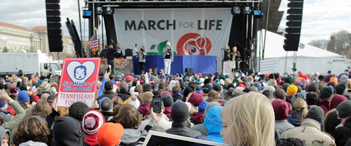 Thousands of people gather for the annual March for Life rally in Washington, DC, U.S. January 27, 2017. REUTERS/Yuri Gripas.